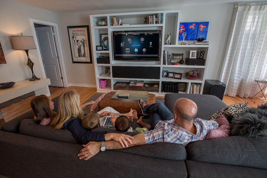 How to Design a Media Room for High-Quality Family Entertainment